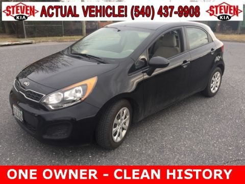 Pre-Owned 2013 Kia Rio  FWD 4D Hatchback